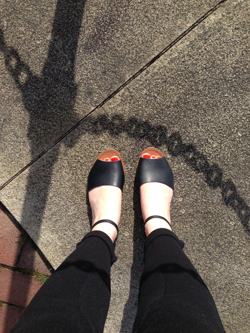 Gap black sandals