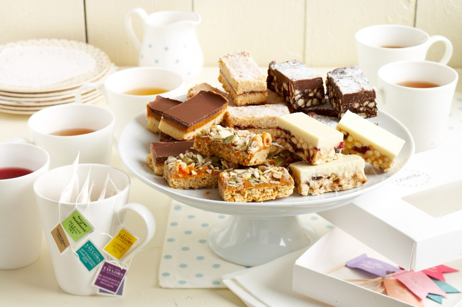 the afternoon tea party box