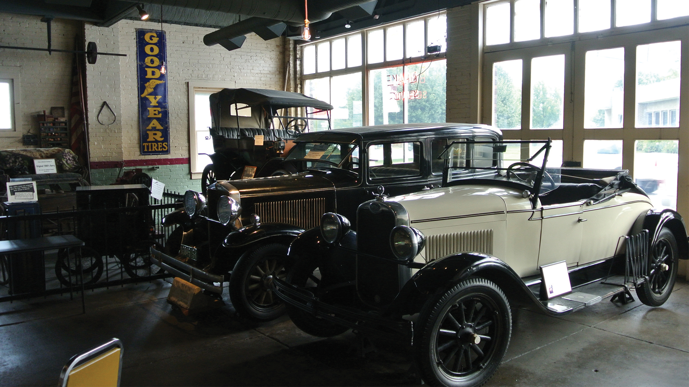 Garage Automobile Tours 1910 Franklin County Garage Auto Museum Enjoy Illinois