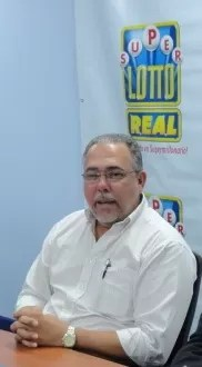 Philip Field ganador Super Lotto Real