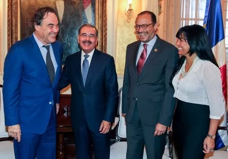 Danilo Medina y Oliver Stone