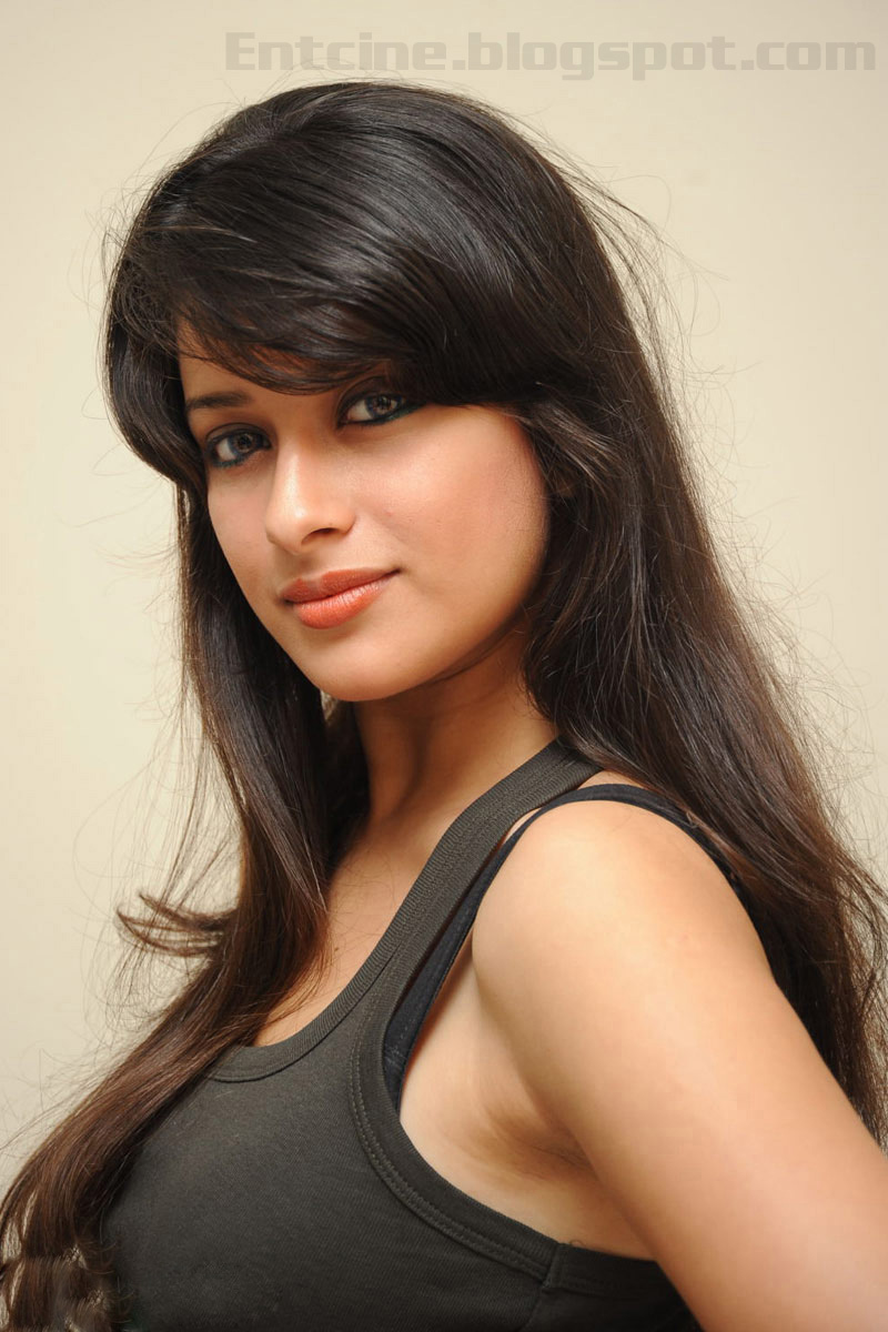 Beautiful Indian Girl Face Wallpaper Gt Madhurima Hot Photo Gallery Madhurima Hot Photo Shoot