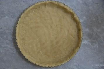Press into a pie plate