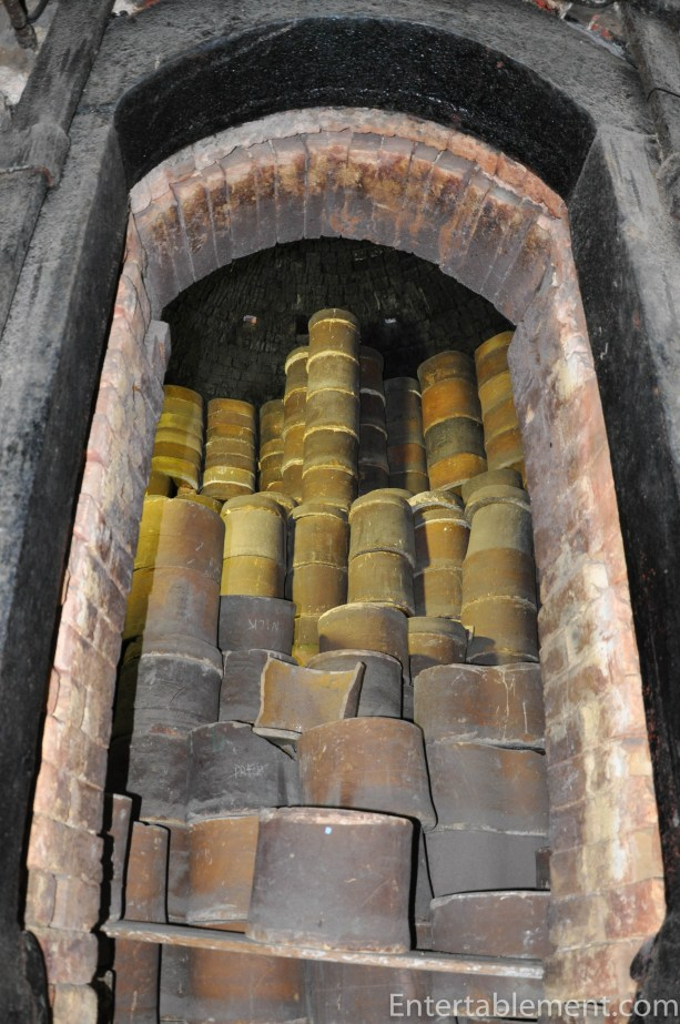 Saggars in bottle oven