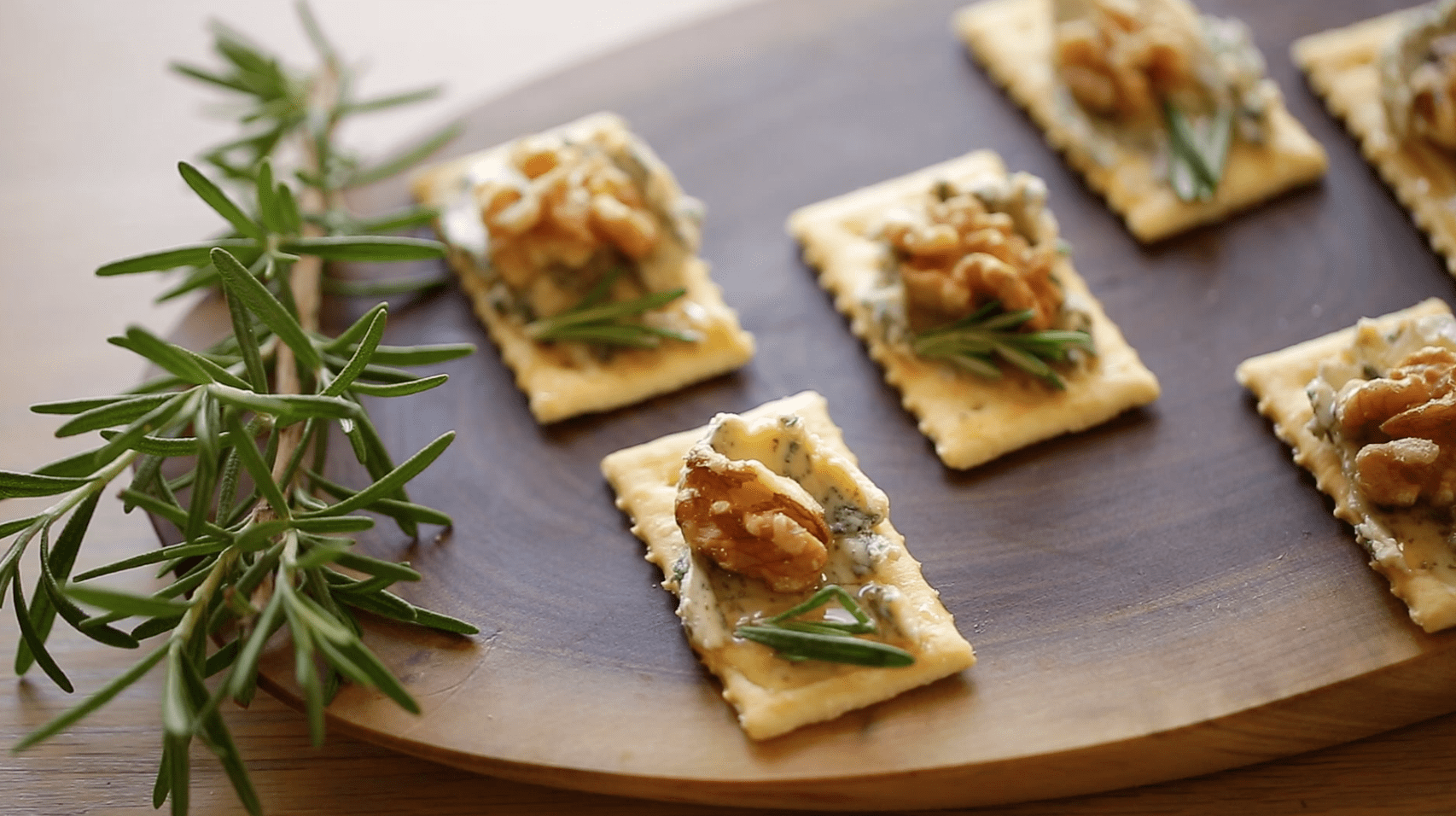 Canape 2016 Sweet And Savory Appetizers With Keebler Crackers Sponsored Post