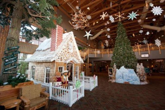The Snowland Gingerbread House is the centerpiece as the Great Wolf Lodge transforms into a winter wonderland on Thursday, Dec. 1, 2011 in Grand Mound, Wash. The Snowland Gingerbread House will be available for dining at each Great Wolf Lodge location beginning December 3, 2011. (PRNewsFoto/Great Wolf Resorts, Inc.)
