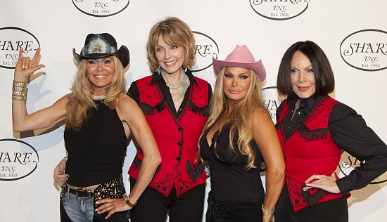 Lena Jolton (Miss Sweden), Actress Susie Blakely, Suzan Hughes (Herbal Life), September Sarno (Former Member of the Year) at SHARE