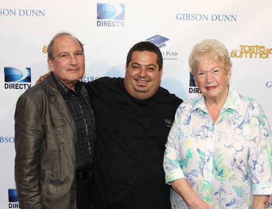 """Dr. & Mrs. Gary Gitnick, Founders of Fulfillment Fund with Celebrity Chef Eric Greenspan at """"Taste of Summer"""""""