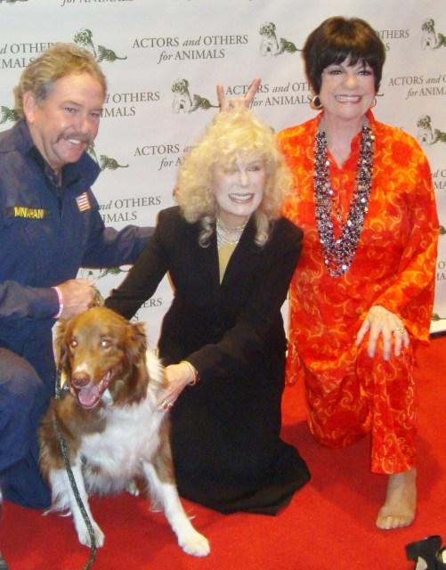 Bill Monahan, Hunter, Loretta Switt, and A&Os pres JoAnne Worley (photo by Margie Barron)