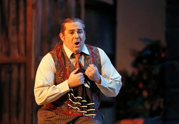 Tenor Frank Porretta is Canio in San Diego Opera's PAGLIACCI. Photo by Cory Weaver, copyright 2014.