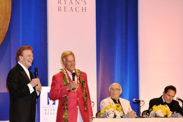 Wink Martindale, Pat Boone, Rich Little & Gavin McLeod on stage at Roast