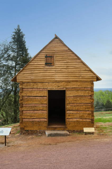 Hemmings Cabin, where Jefferson housed some of his slaves. © Thomas Jefferson Foundation at Monticello, photo by Stacey Evans