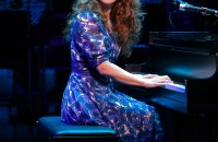 Chilina Kennedy as Carole King in Beautiful - The Carole King Musical on Broadway at the Stephen Sondheim Theater (c)Joan Marcus