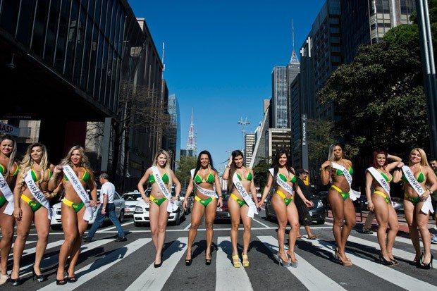 brazil-lifestyle-offbeat_nelson_almeida_afp