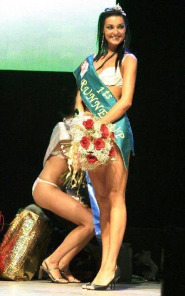 1-models-captured-winning-ceremony