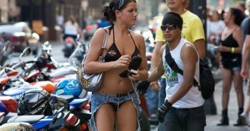 10-weird-pants-strange-something-wrong-with-the-world