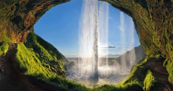 amazing-pics-behind-waterfall-1
