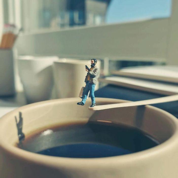 miniature-office-8