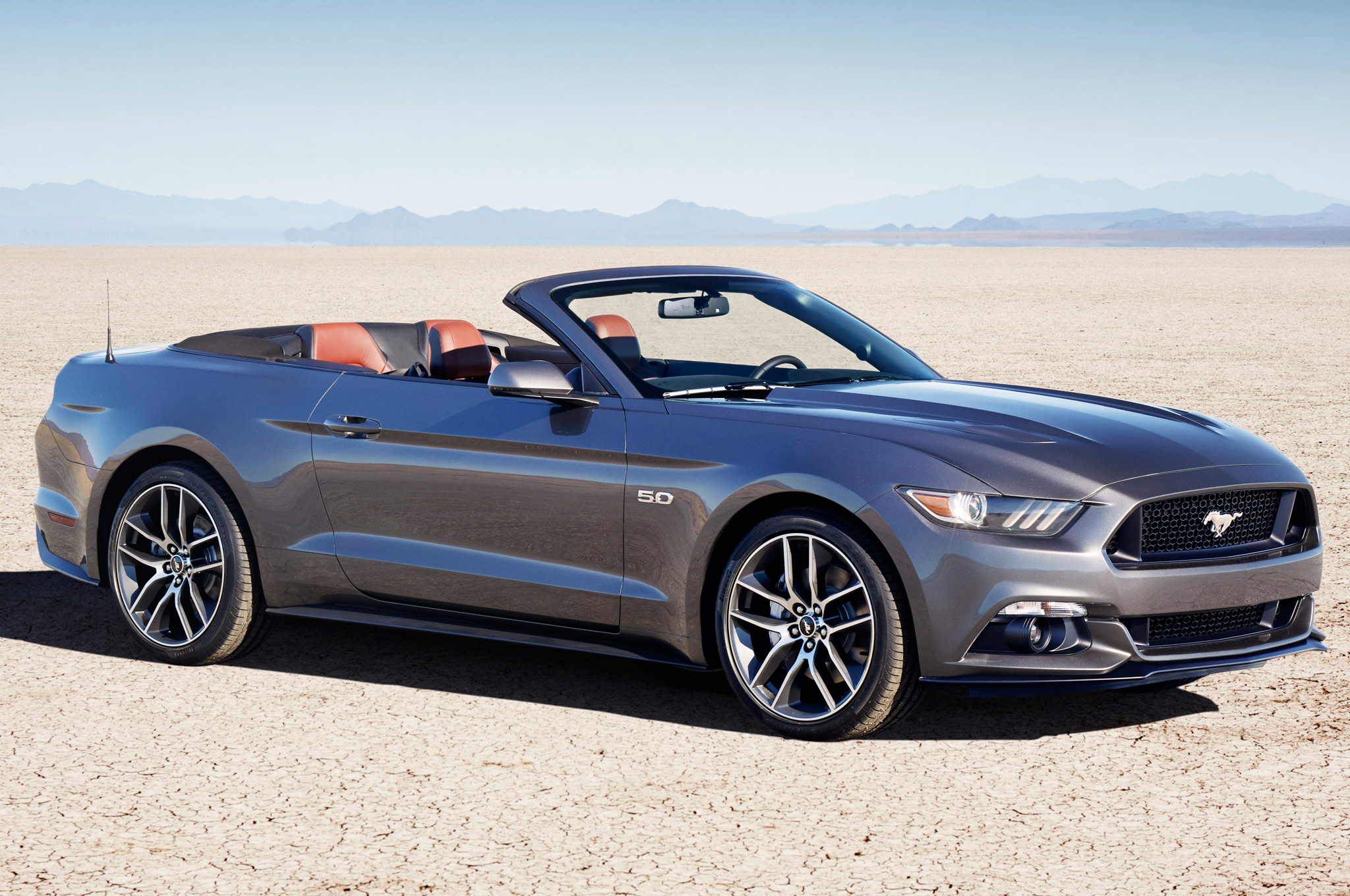 2015 Mustang Gt Pictures 2015 Ford Mustang Convertible First Look Motortrend