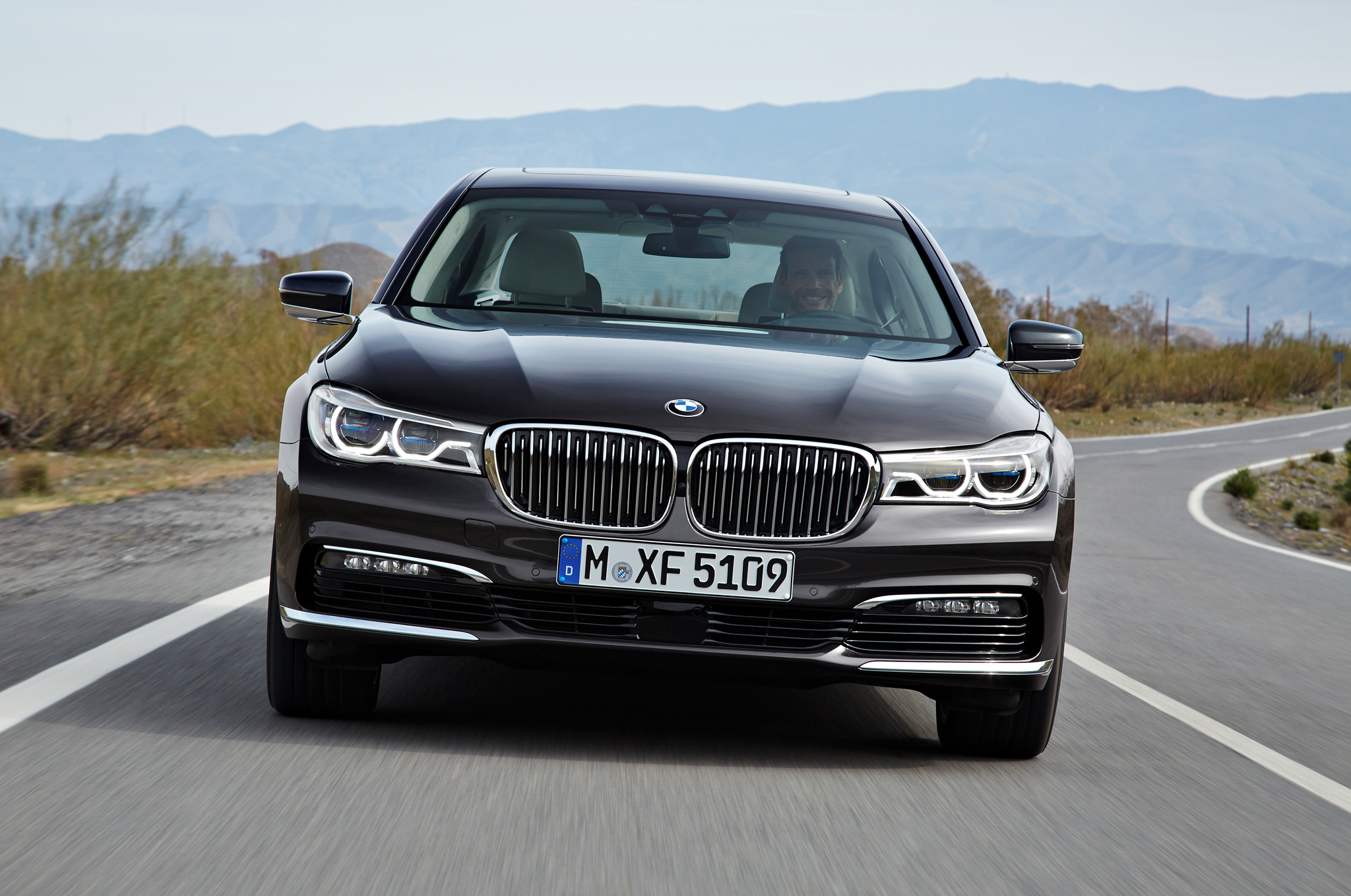 7 Serie 2016 Bmw 7 Series First Drive Review Motortrend