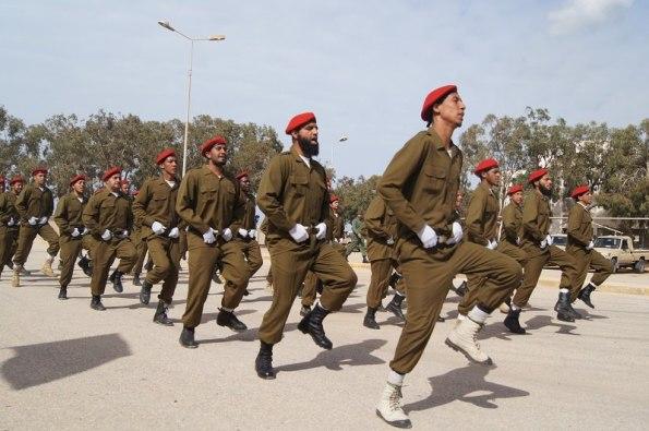 Rebeldes libios profesionalizados tras la caída del régimen. / Lybia