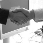 handshake-440959_19201