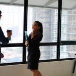pembicaraan di tempat kerja