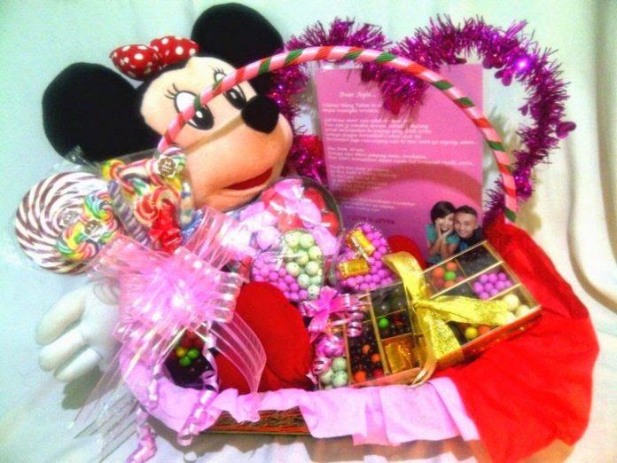 parcel hari valentine