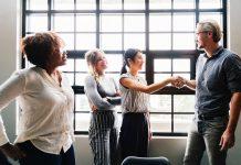 tips menjaga hubungan baik dengan klien