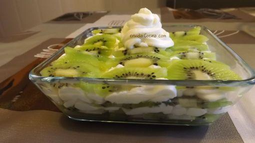 Milhojas de kiwi y mascarpone