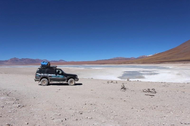 laguna-blanca-jeep