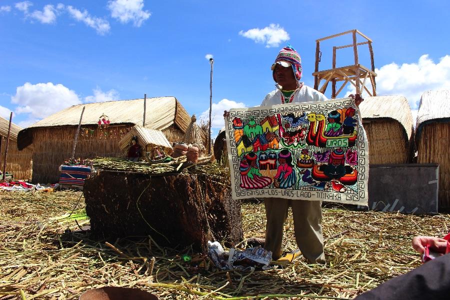 iles-uros-titicaca