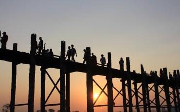 pont-mandalay-soleil