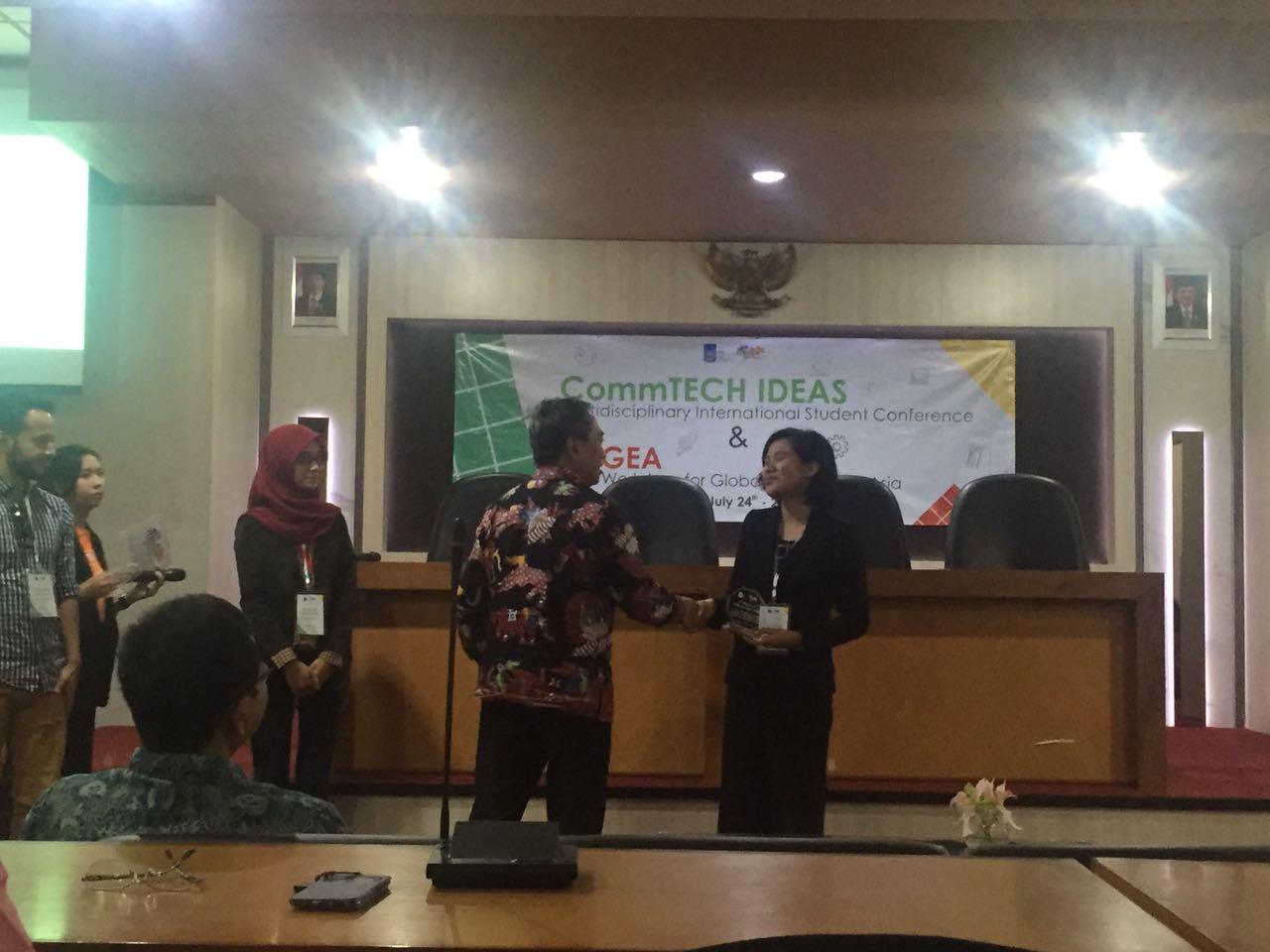 Mahasiwa Teknik Lingkungan Mendapat Penghargaan