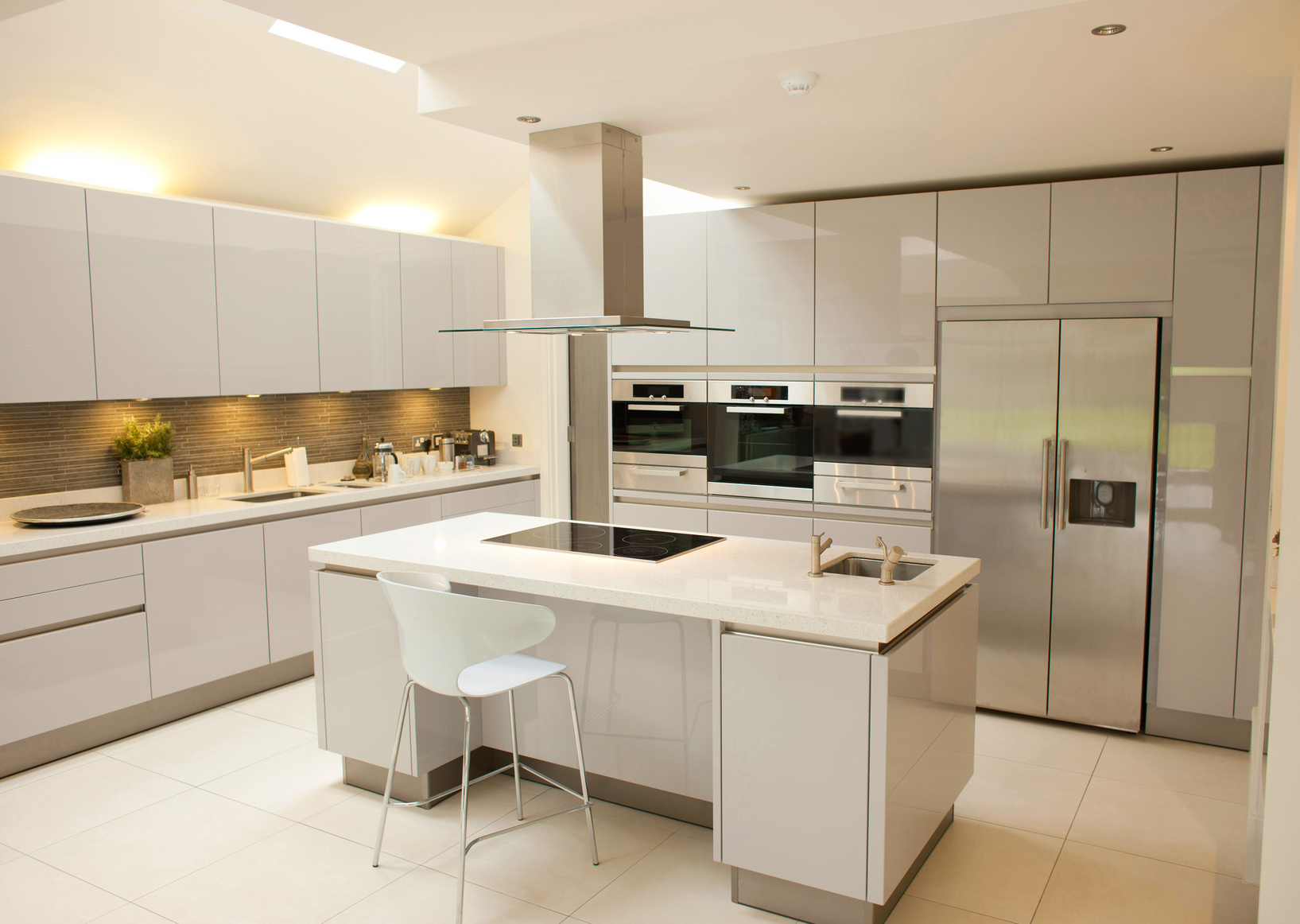 How Much Should Kitchen Cabinets Cost Average Cost Of New Kitchen Cabinets New Kitchen How Much