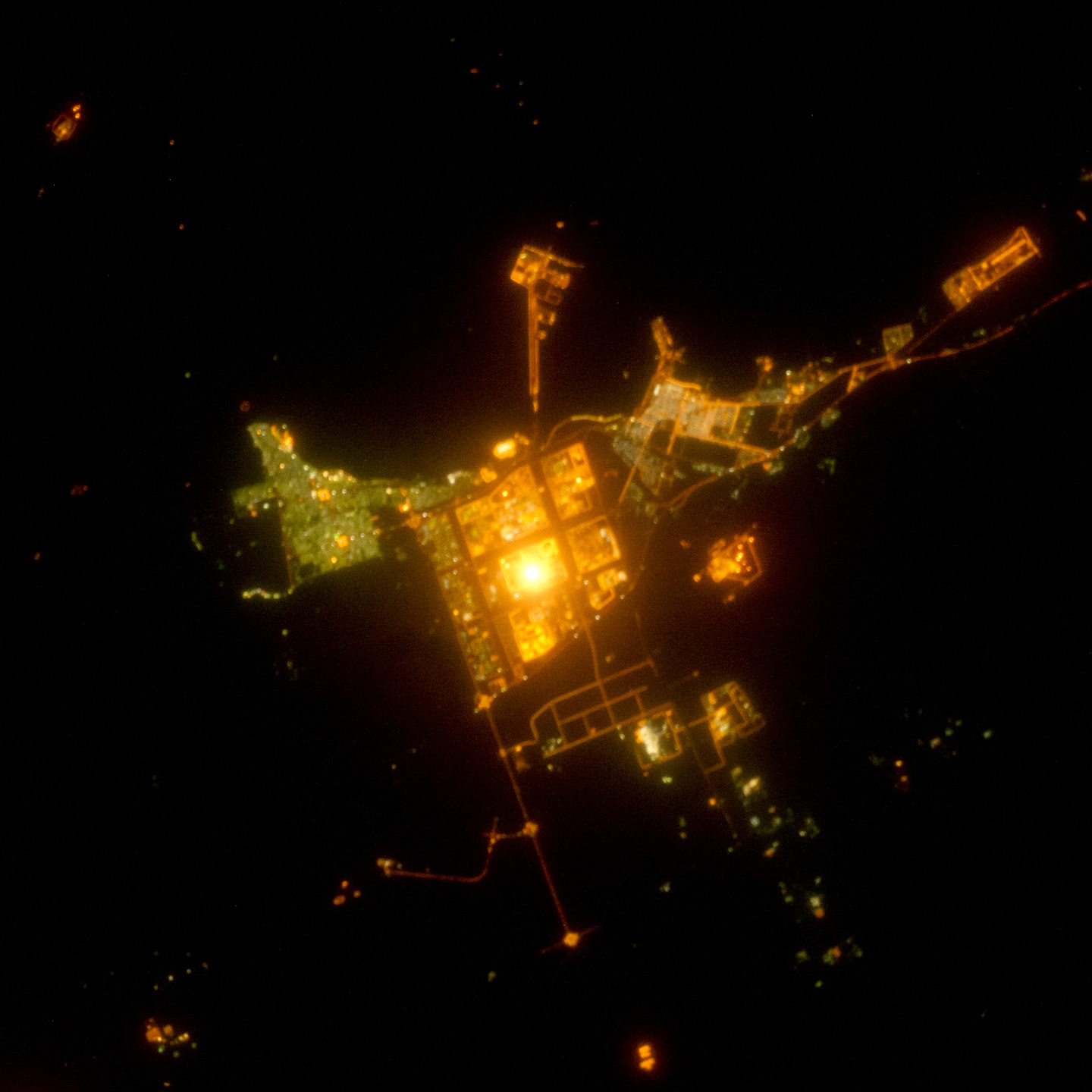 Iss Wallpaper Hd Al Jubayl Saudi Arabia At Night