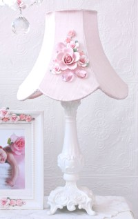 Fairytale Pink Rose Bouquet Table Lamp - RosenberryRooms.com