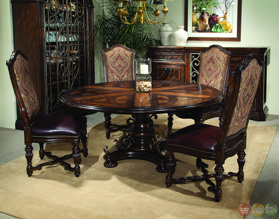 Valencia Antique Style Round Table Dining Room Set