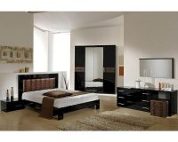 Modern Bedroom Set in Black/ Brown Finish Made in Italy ...