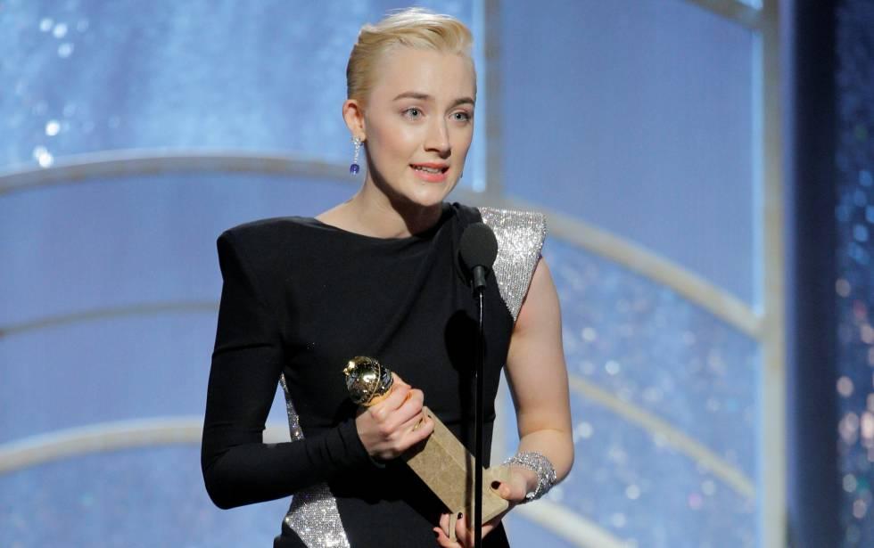 Saoirse Ronan, protagonista de 'Lady Bird', se alza con el premio a mejor actriz de comedia.