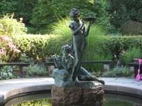The enchanting Secret Garden fountain | Ephemeral New York