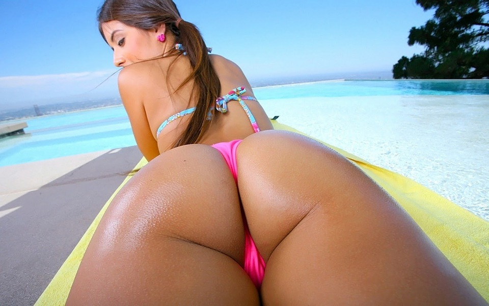 Hot girls bikini asses xxx nude pictures