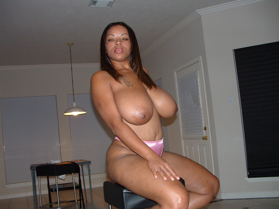 Fat ebony mature black pussy xxx nude pictures