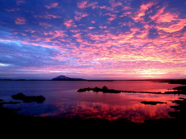 Serene Wallpapers Large Fall Sunrise Sunset Over Lake Myvatn Iceland