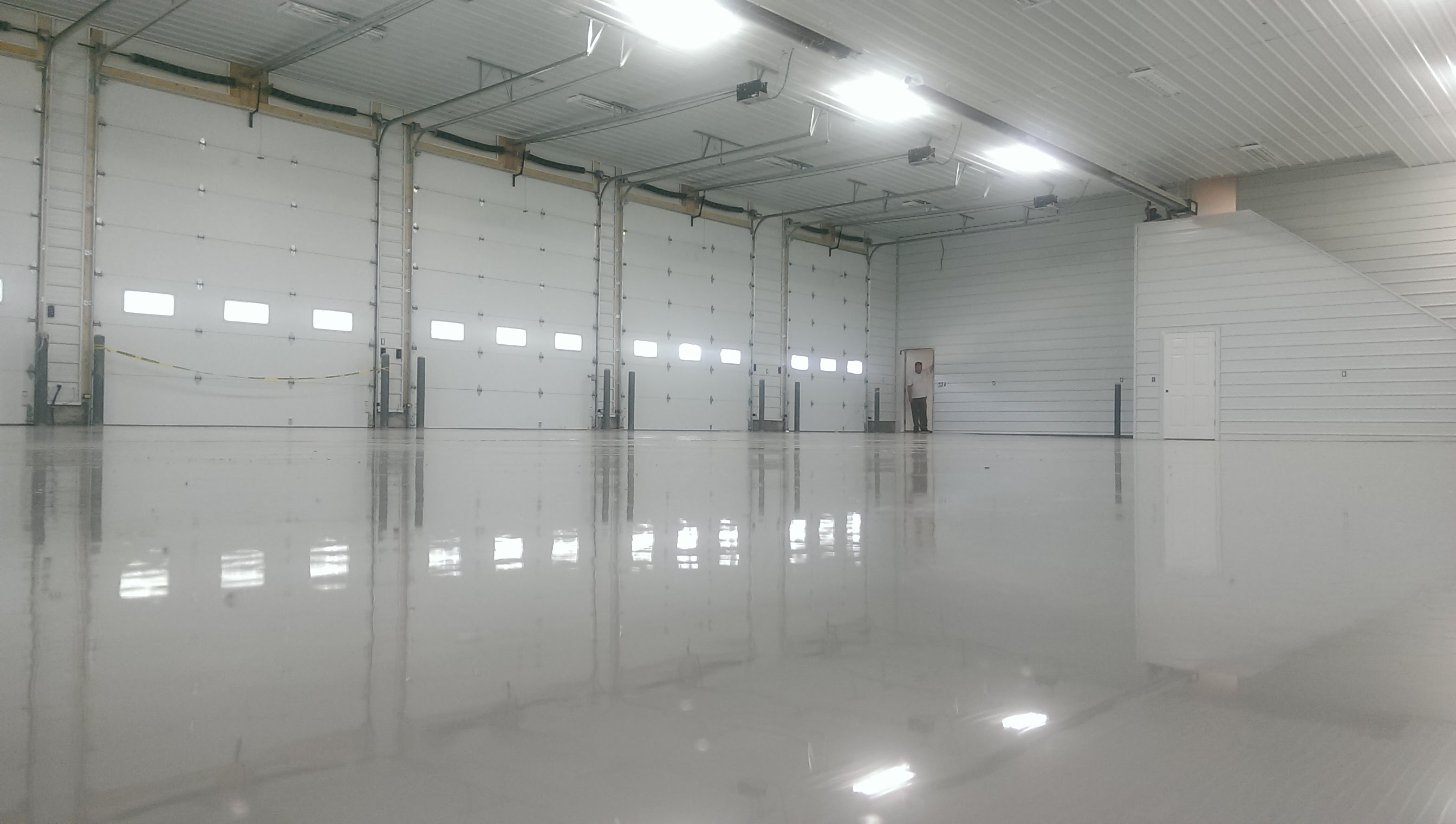 Garage Floor Epoxy Steps How To Make Your Floor Practical And Stylish With Epoxy Epoxy