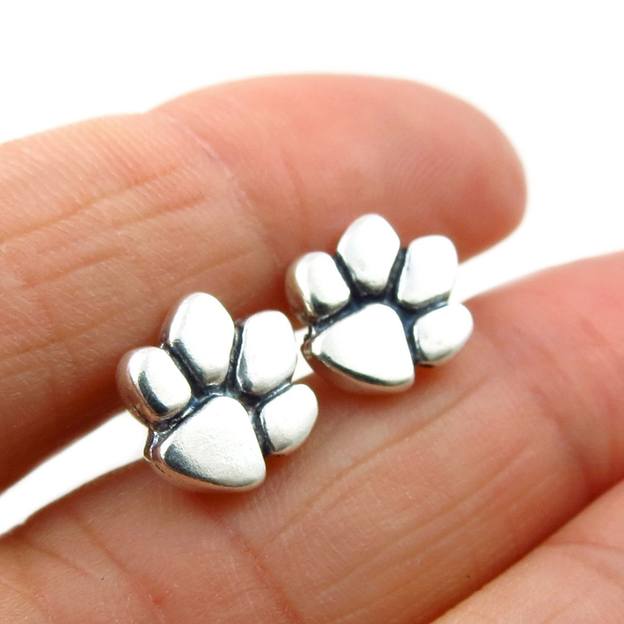 Solid 925 Silver Animal Lover Dog Cat Paw Print Stud