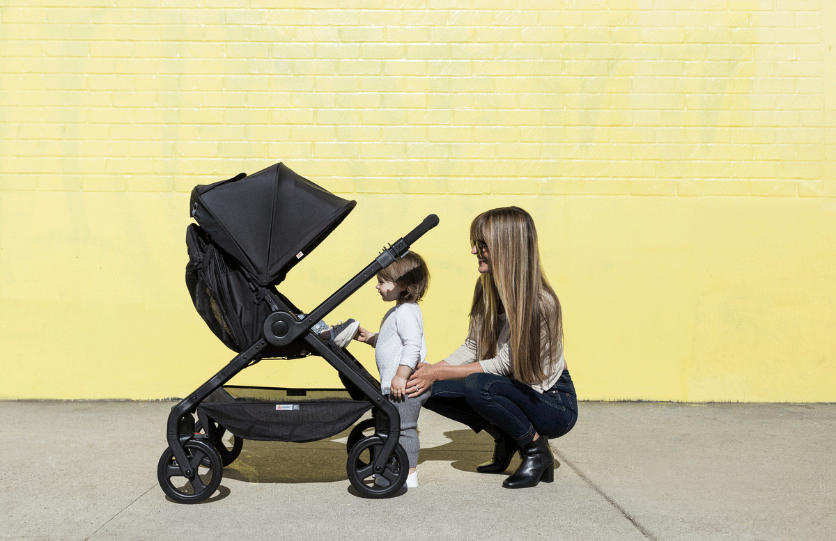 Newborn In Pram Seat Why Your Baby Should Face You In A Stroller Ergobaby Blog