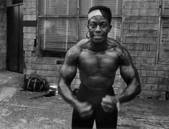 019-Muscle_man