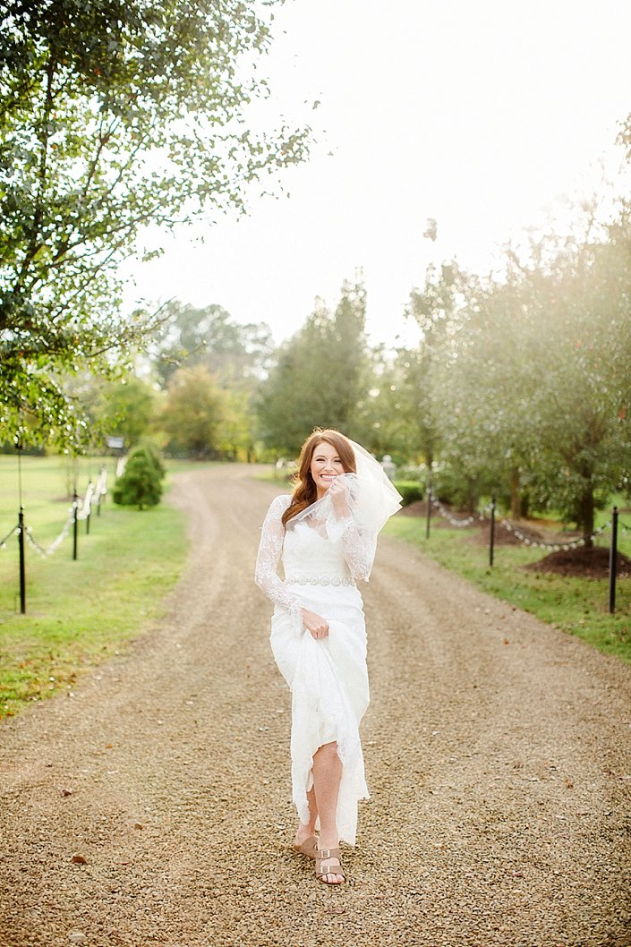 ashton-campbell-bridal-portraits-at-stone-chapel-arkansas-wedding-photographer_0007