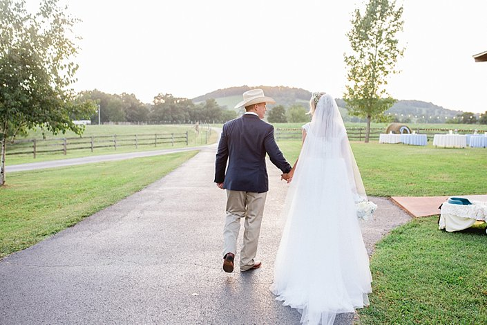 Mattie and Luke | Classy Country Wedding | Arkansas Wedding Photographer_0054